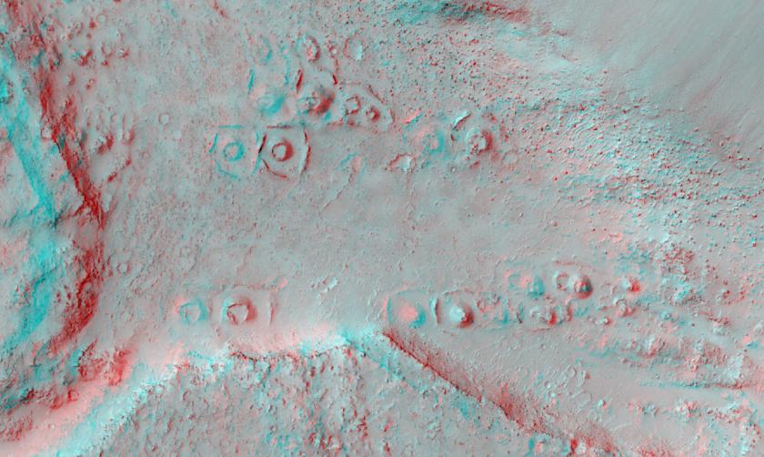 Ring and cone structures in Elysium Planitia