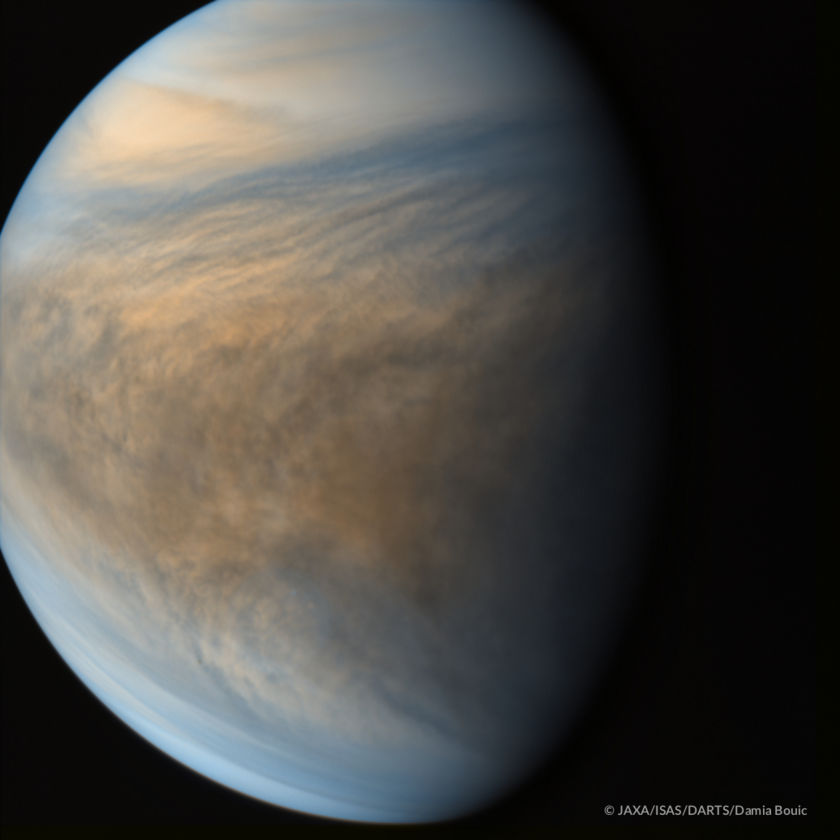 Venus' coupled dynamics and sulfur chemistry from Akatsuki, July 23, 2016