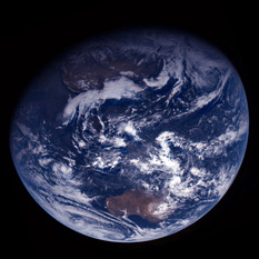 Rosetta looks back at Earth (corrected orientation)
