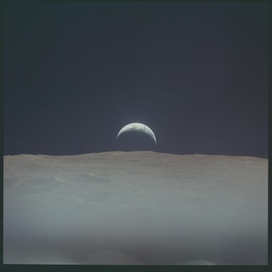 Apollo 12 Earthrise