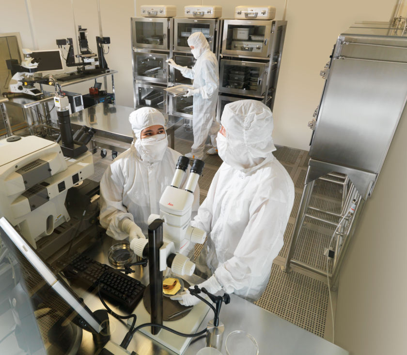 Sample storage and examination laboratory for Genesis samples