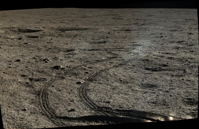 Tracks in the regolith