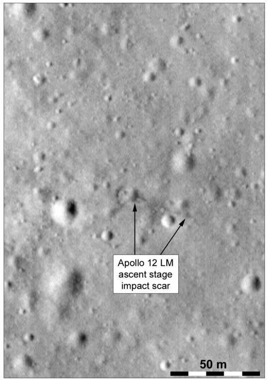 Close-up of the gouge or impact scar in LRO image M114091363R