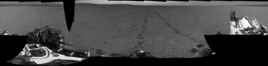 Curiosity sol 29 post-drive Navcam panorama