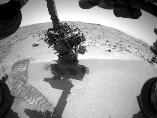 Curiosity Hazcam photo, sol 93: Fifth scoop from Rocknest
