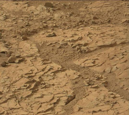 Protruding veins at John Klein site, sol 153