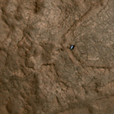 Color view Curiosity on Mars from HiRISE, sol 157