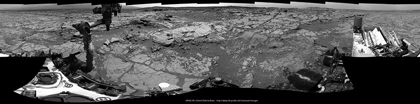 Curiosity navcam panorama, sol 275 (May 15, 2013)