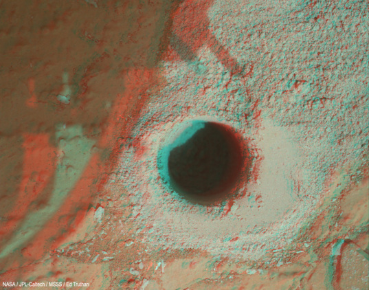3D view of Curiosity's Cumberland drill site