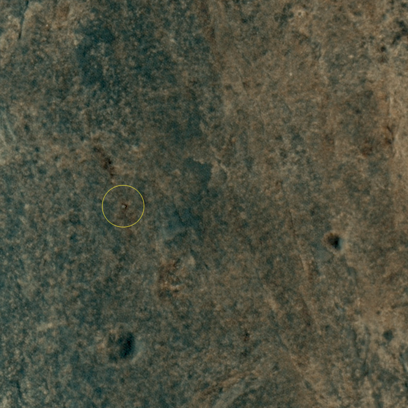 Opportunity seen from HiRISE on sol 3361 (July 8, 2013)