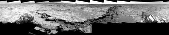 Curiosity Navcam panorama from Cooperstown, sol 440