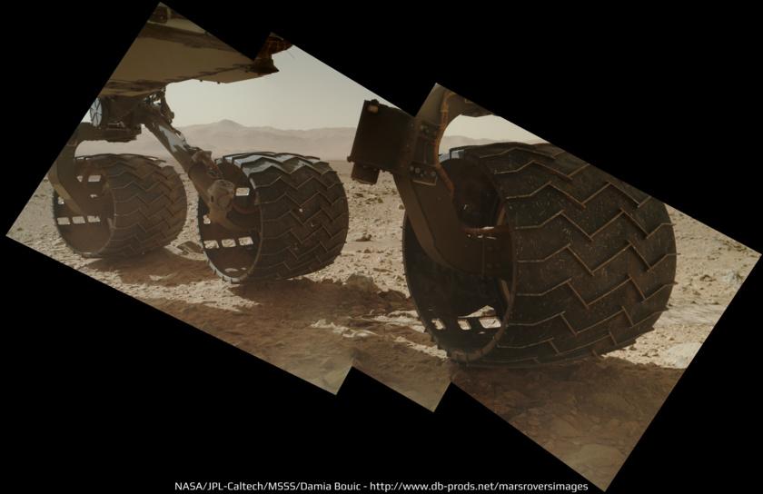Curiosity's wheels on sol 463: tear in left front wheel