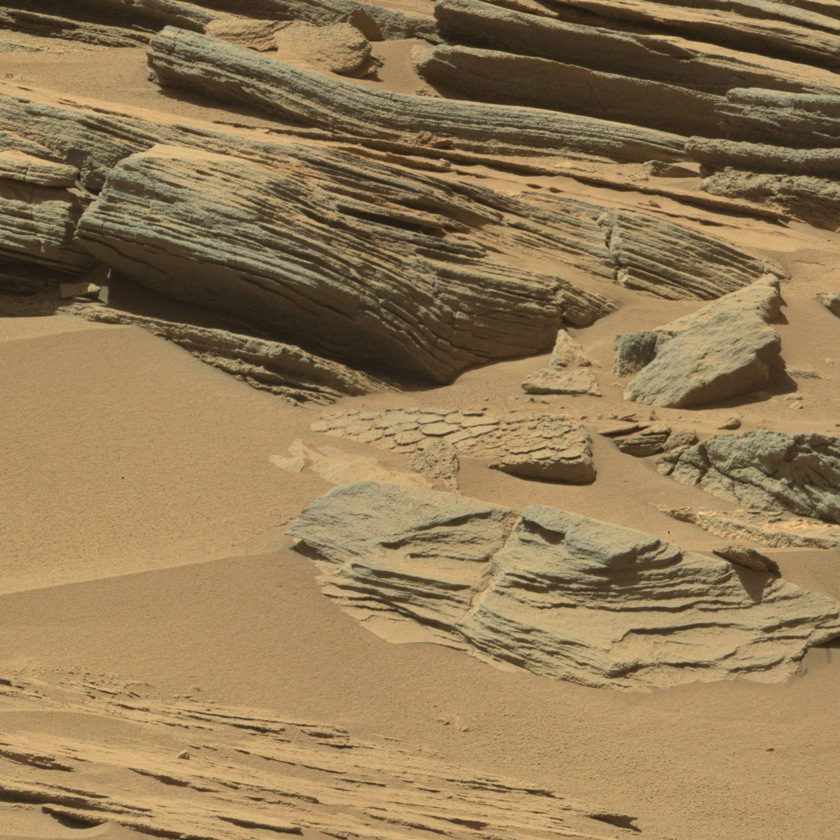 Fractured rock southeast of the Kimberley, Curiosity sol 631