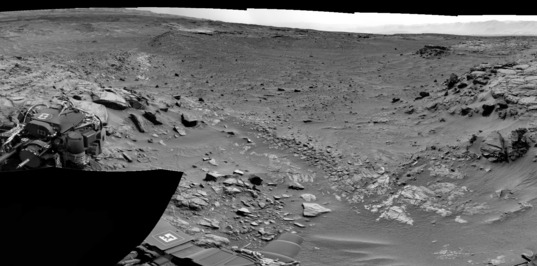 Into the Valleys: Curiosity NavCam panorama of Amargosa and Owens Valleys, sol 740 (September 5, 2014)