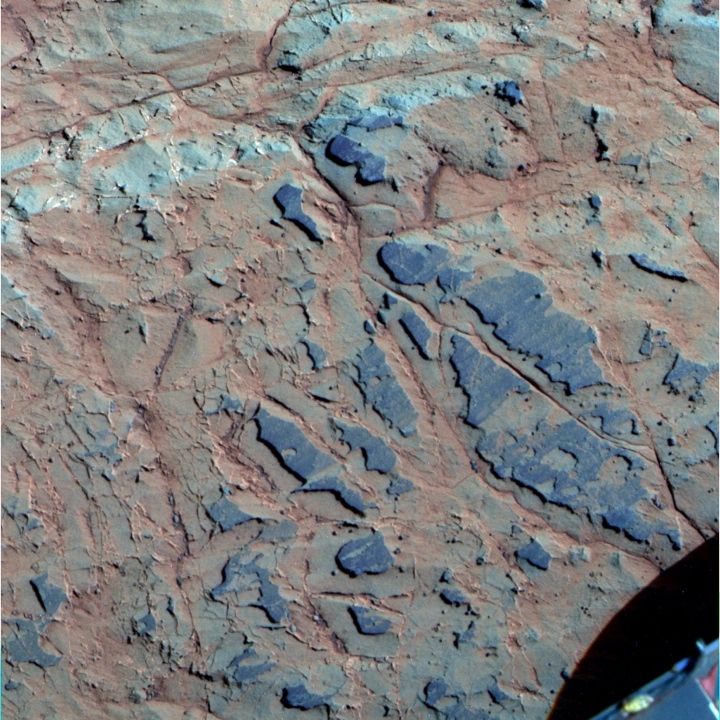 Clay coatings on Whitewater Lake rocks at Endeavour's rim, sol 3074