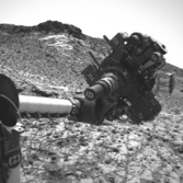 Curiosity's arm in the air, sol 915