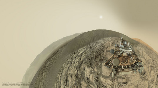 Curiosity Mastcam panorama, sol 1197, including rover deck