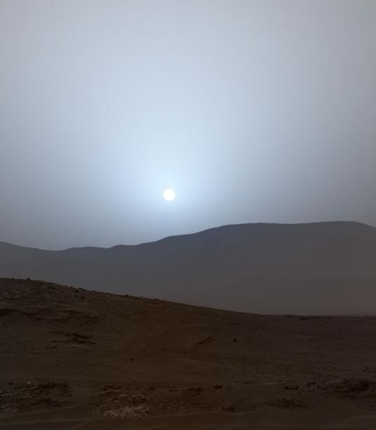 Curiosity sunset on sol 956