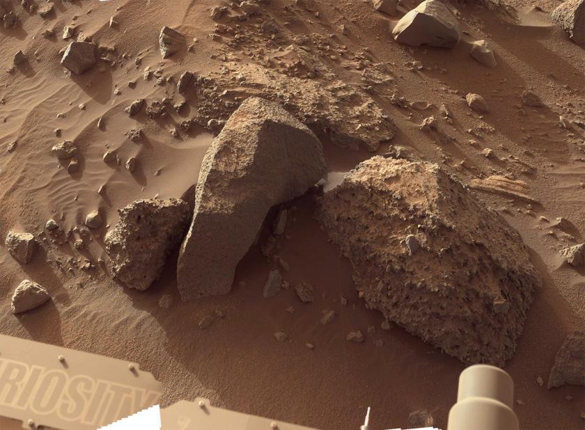 Bimbe conglomerate or breccia, Curiosity sol 1405