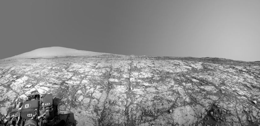 On Vera Rubin Ridge at last (Curiosity sol 1809)