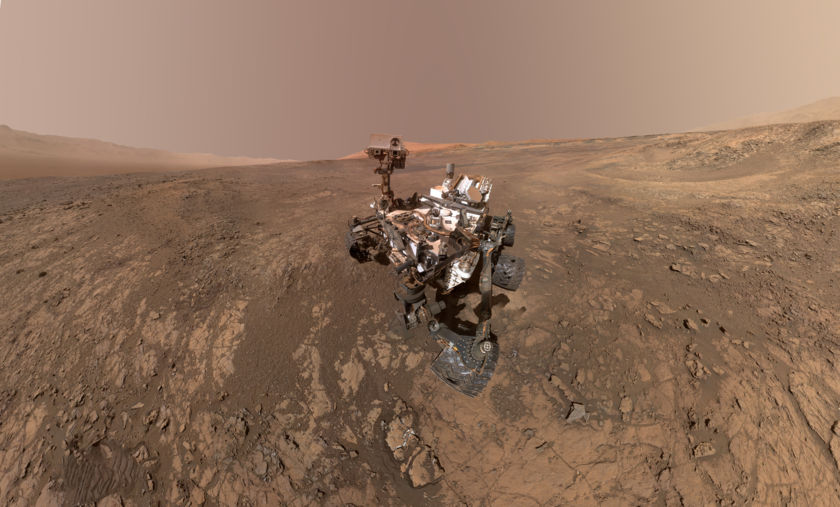 Curiosity self-portrait atop Vera Rubin Ridge, sol 1943
