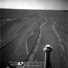 Opportunity looks back, sol 1,664