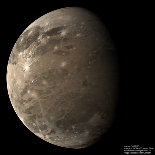 Huge color Voyager 1 Ganymede mosaic