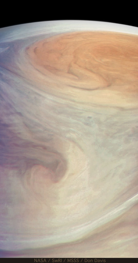 View from Juno approaching the Great Red Spot