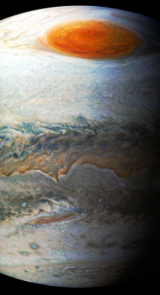 Jupiter, the Tan Seashore, and the Great Red Spot, Juno Perijove 7
