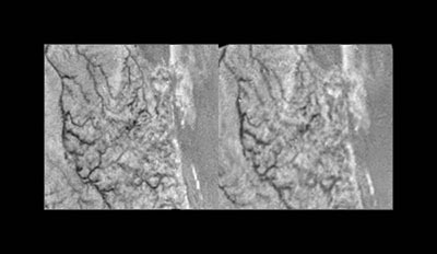 Cross-eyed stereo view of Titan's surface from the Huygens Descent Imager / Spectral Radiometer (DISR)