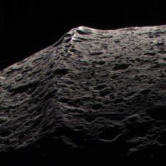 Iapetus' belly band