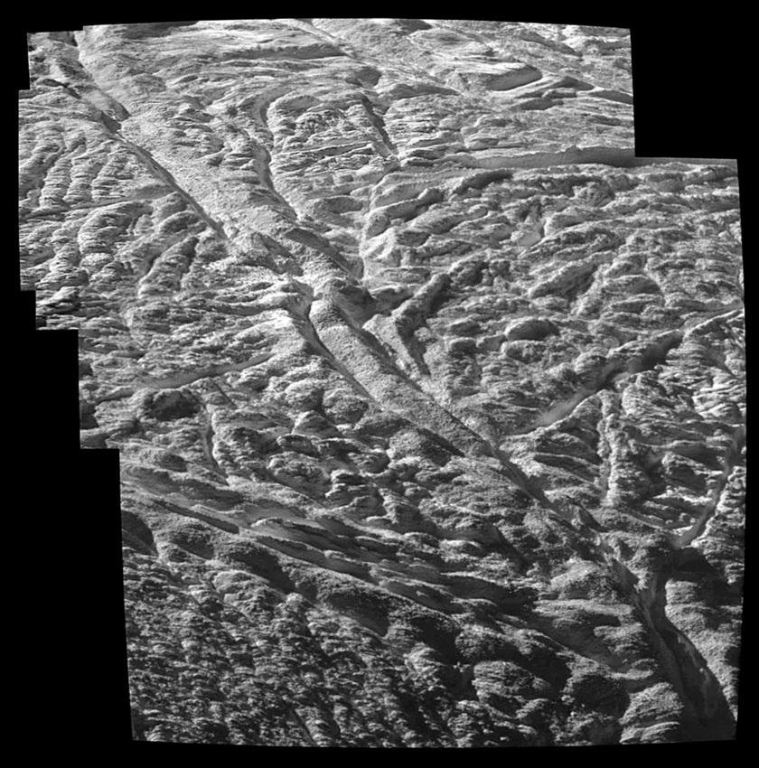 Closeup on Enceladan vents