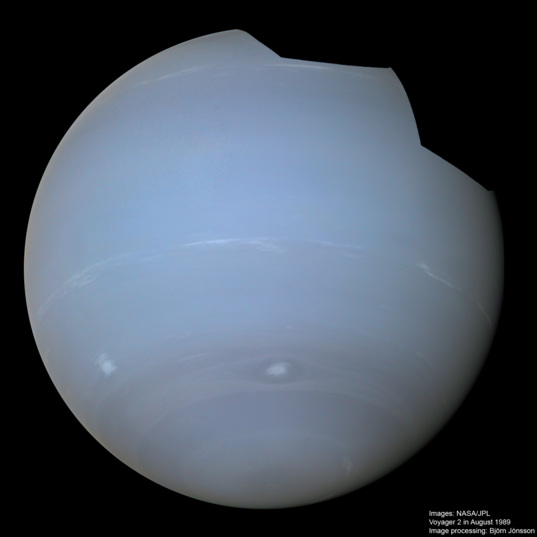 High-resolution global Neptune mosaic with small storms