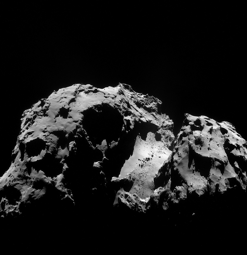 NavCam view of comet Churyumov-Gerasimenko on September 24, 2014