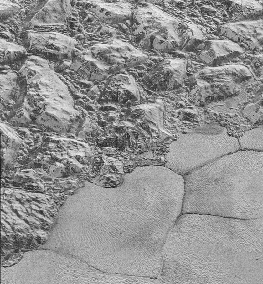 Mountainous shoreline of Sputnik Planum