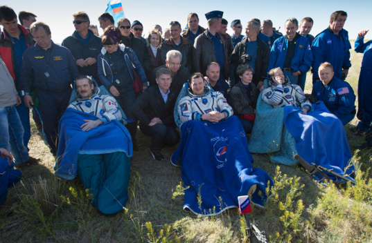 Expedition 35 crew returns to Earth