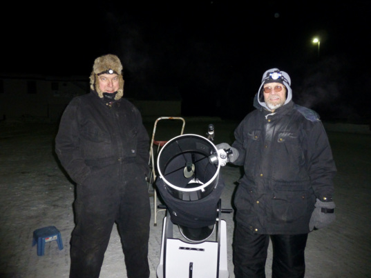Hardy members of the Fairbanks Astronomical Society