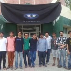 Lahore, Pakistan volunteers