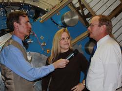 Bill Nye with Bob Meyer and Pam Marcum aboard the SOFIA 747