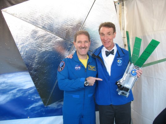 Astronaut John Grunsfeld and Bill Nye