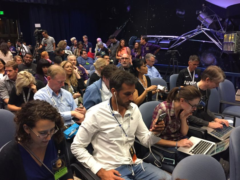 Media reps gather at JPL prior to Cassini end of mission media briefing
