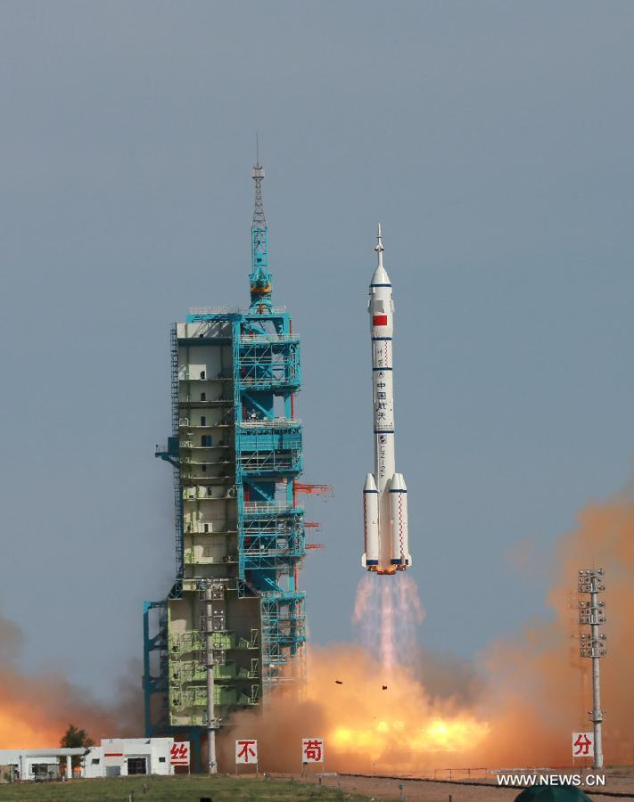 Liftoff of Shenzhou 10