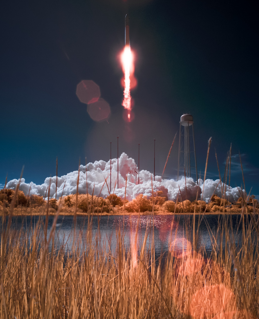 Antares in infrared