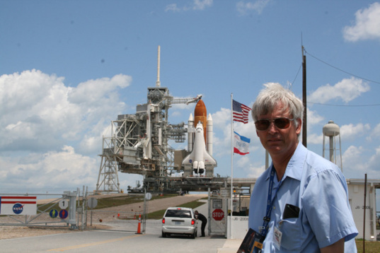 Ken Kremer with Endeavour
