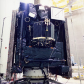 Rosetta and Philae prepare to undergo vibration testing, April 2002