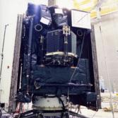 Rosetta and Philae prepare to undergo vibration testing, April 2002