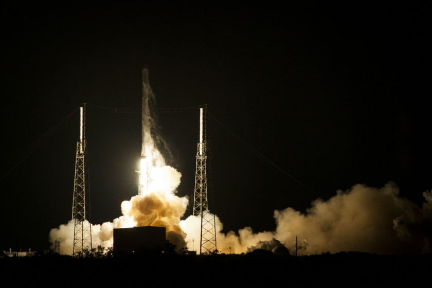 Liftoff of Falcon 9 CRS-5 mission