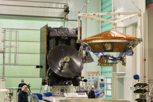 Assembly of the 2016 Trace Gas Orbiter and Schiaparelli demonstration lander