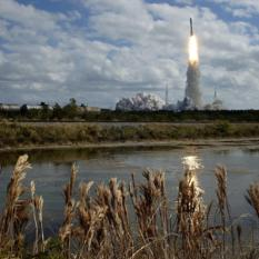 New Horizons launches