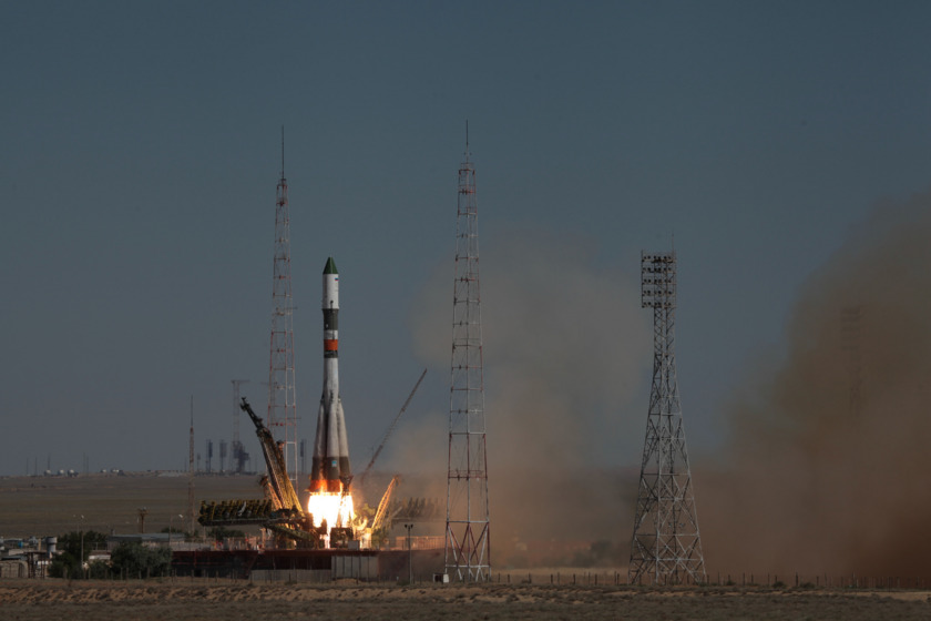 Progress M-28M liftoff